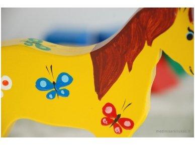 Arkliukas su ratukais geltonas su drugeliais 4