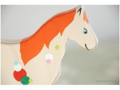Arkliukas su ratukais 4
