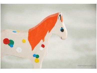 Mažas arkliukas su ratukais oranžinis 6