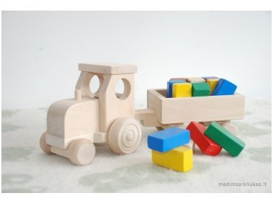 Tractor with blocks 5