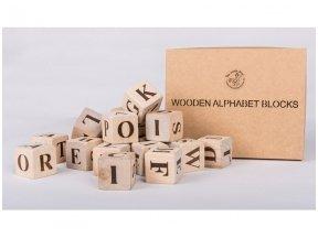 Medinės kaladėlės su angliškomis raidėmis