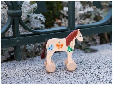 Wooden horse on wheels 5