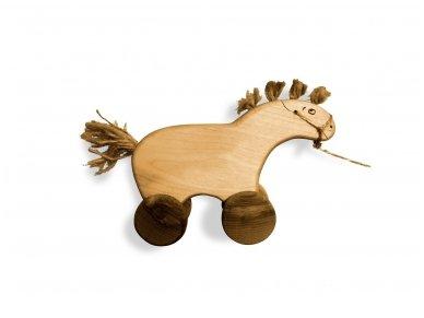 Traukiamas arkliukas