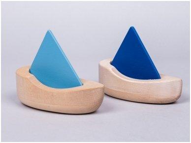 Wooden sailboat 4