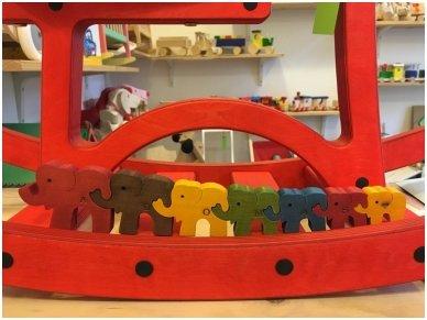 "Puzzle ""Seven Elephants"" 10"
