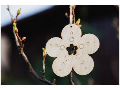 Wooden flower ornament 7