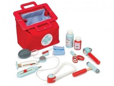 Gydytojo rinkinys lagaminėlyje 2