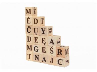 Kaladėlės su raidelėmis 8