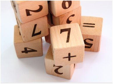 Blocks with numbers 8