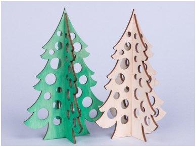 Medinė kalėdų eglė