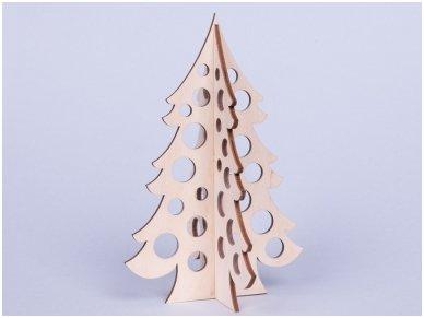 Medinė kalėdų eglė 4