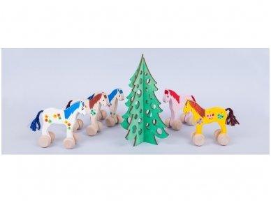 Medinė kalėdų eglė 7