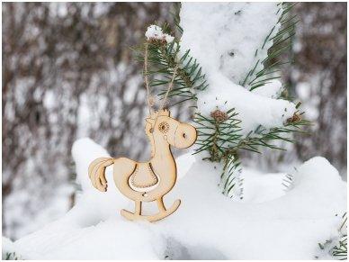 Kalėdinių medinių žaisliukų rinkinys 16
