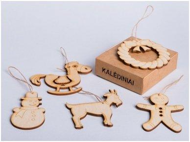 Kalėdinių medinių žaisliukų rinkinys