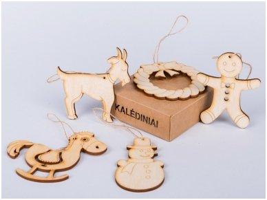 Kalėdinių medinių žaisliukų rinkinys 5