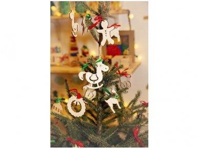 Kalėdinių medinių žaisliukų rinkinys 17