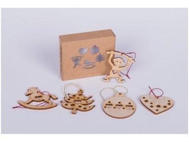 Wooden christmas decoration set 6