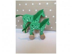 """Mažas arkliukas su ratukais """"Žalias"""""""