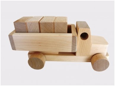 Truck with blocks 8