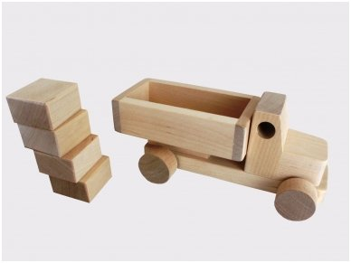 Truck with blocks 6