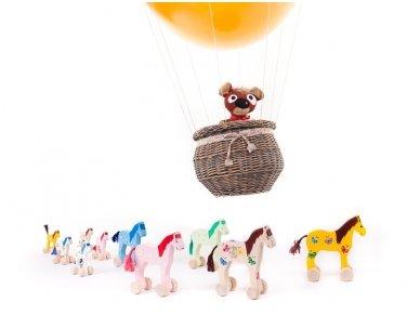 Mažas arkliukas su ratukais rudas su drugeliais 10
