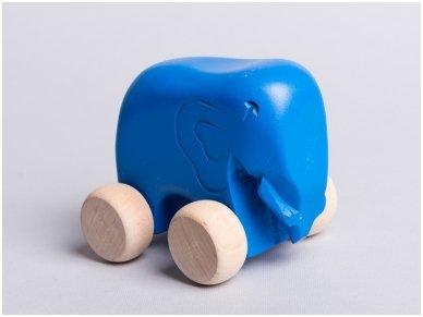 Little elephant on wheels 7