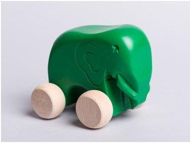 Little elephant on wheels 8