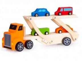 Medinis tralas su spalvotomis mašinėlėmis