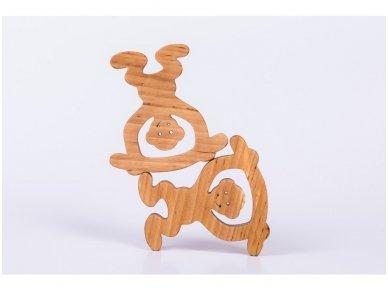 Medinė beždžionėlė 8