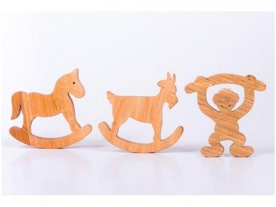 Medinė beždžionėlė 2016-tų metų simbolis 10