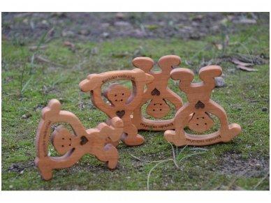 Medinė beždžionėlė 2016-tų metų simbolis 20