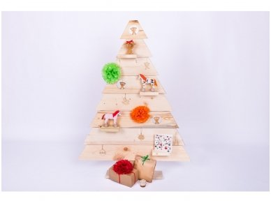 Wooden Christmas tree 2