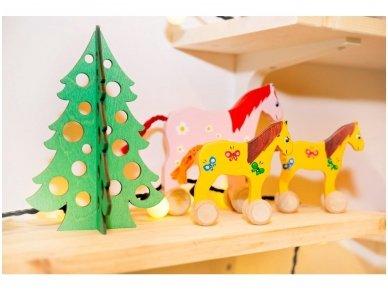 Medinė kalėdų eglė 8