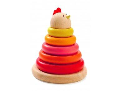 Medinė piramidė ''Viščiukas''