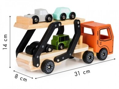 Medinis autovežis su 4 lengvaisiais automobiliais 6