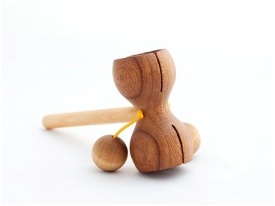 Wooden music rattle 3