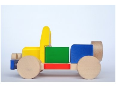Wooden jeep 2