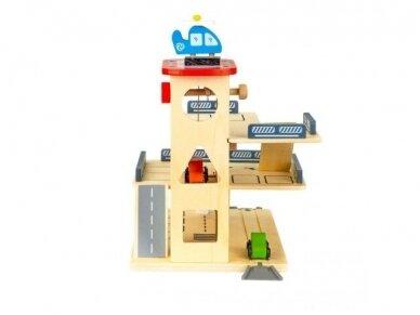 Medinis garažas 3