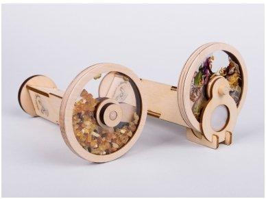 Wooden kaleidoscope with amber 3