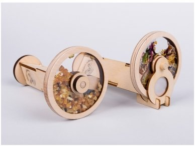 Wooden kaleidoscope with amber 3