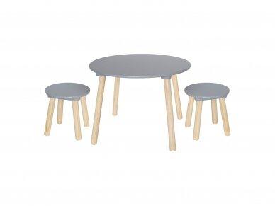 Medinis staliukas su kėdutėmis 2