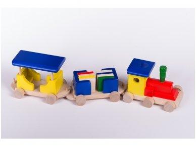 Medinis traukinukas 4