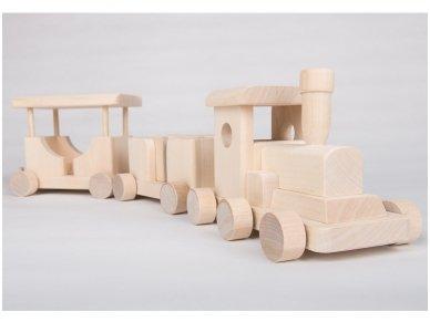Medinis traukinukas 2