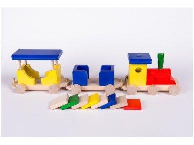 Medinis traukinukas 3