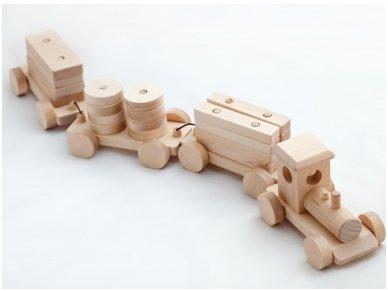 Medinis traukinys 2