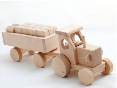 Tractor with blocks 11