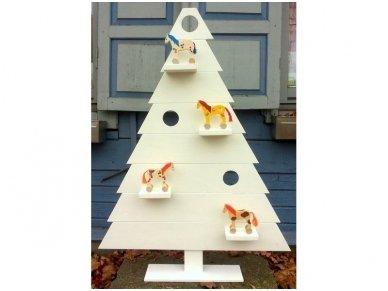 Medinė kalėdinė eglė 6