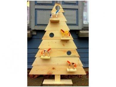 Medinė kalėdinė eglė 5
