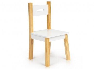 Staliukas su kėdutėmis 8