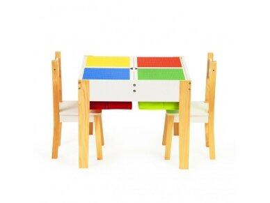 Staliukas su kėdutėmis 2